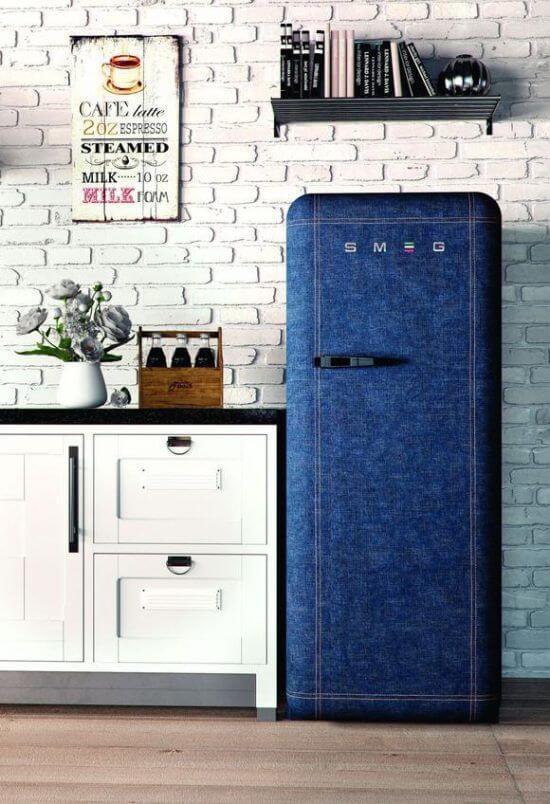 Aos-amantes-de-jeans-fica-a-dica-desse-envelopamento-de-geladeira.-Fonte-Pinterest
